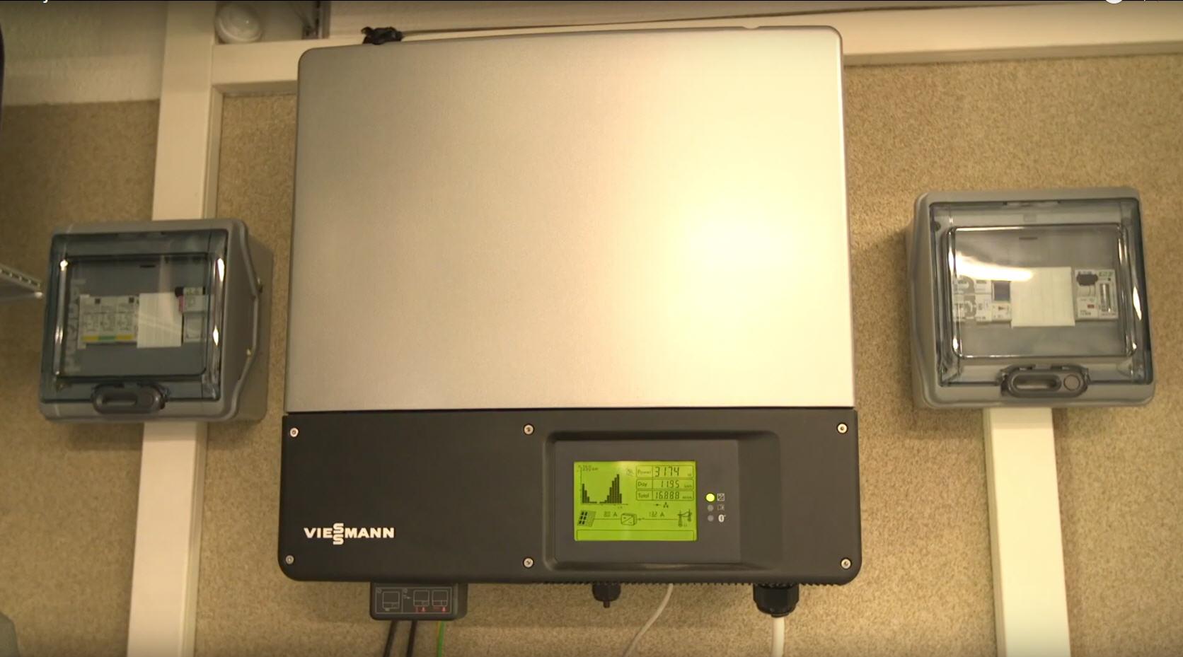 Inwerter instalacji PV